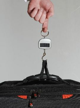 World's Smallest Digital Pocket Luggage Scale